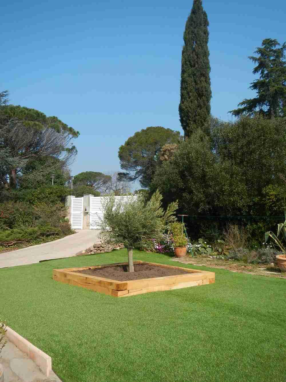 Location villa piscine fr jus var valescure for Entretien jardin frejus