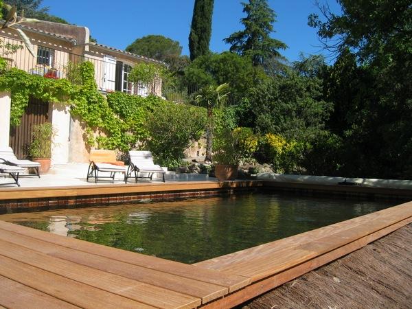 Maison vacances louer var avec piscine st raphael for Piscine saint raphael