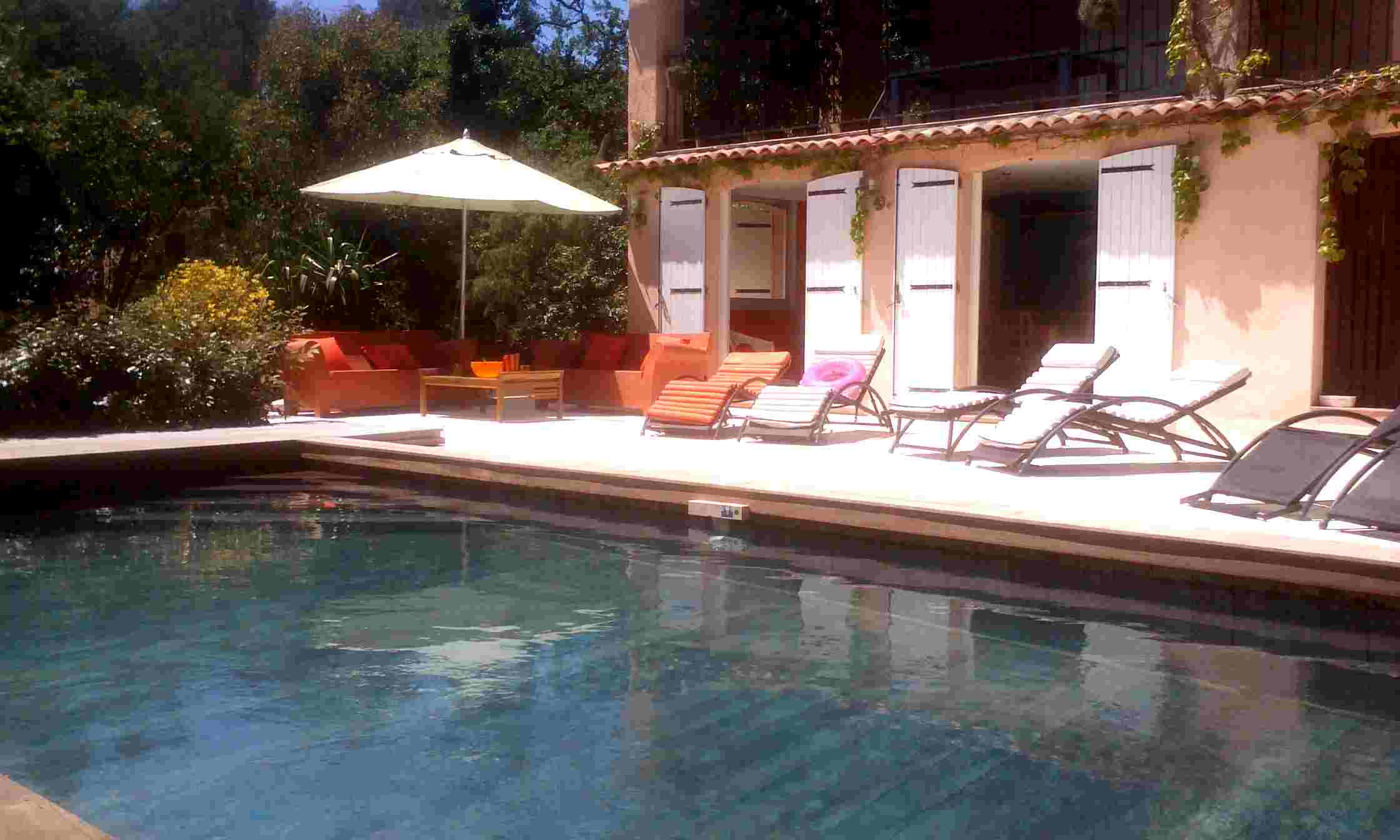 Holiday house rental in Frejus France House with large pool near beaches and golf.