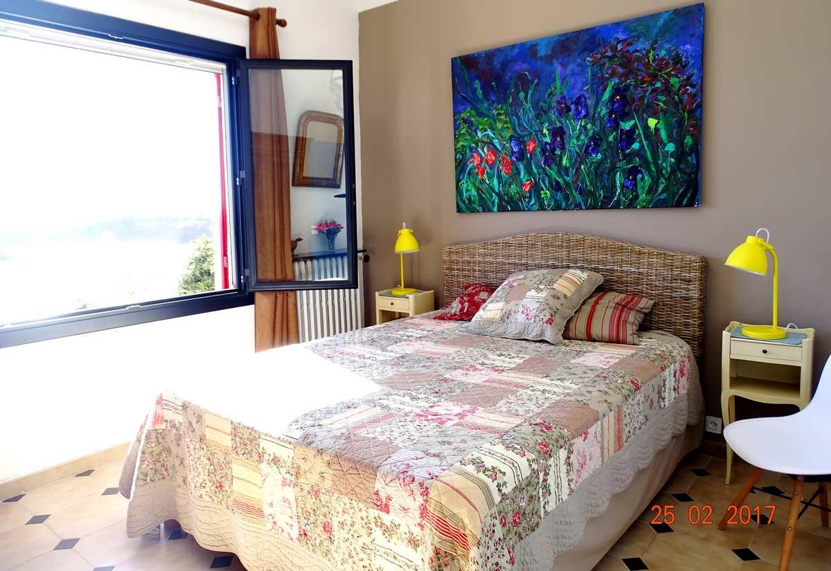 location villa vacances bord de mer anth or var. Black Bedroom Furniture Sets. Home Design Ideas